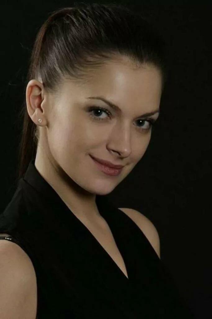 она сама, василиса михайлова актриса фото фаррелла