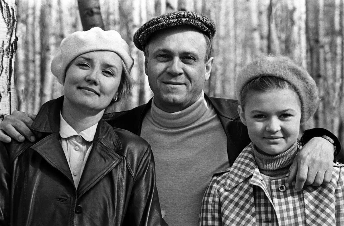 всё фотографии советских и российских актеров с детьми сайте