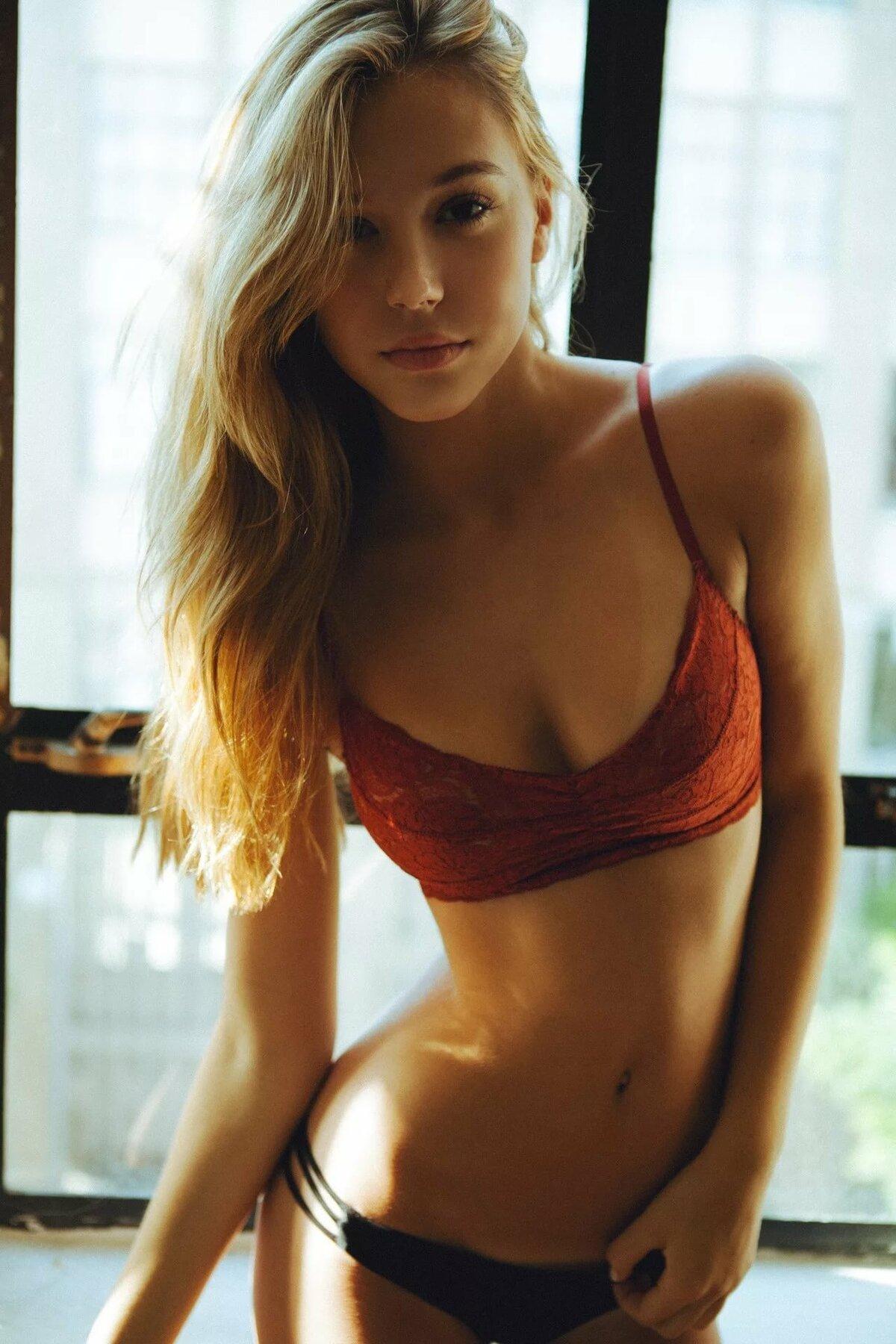 Sexiest petite nude blonde gif