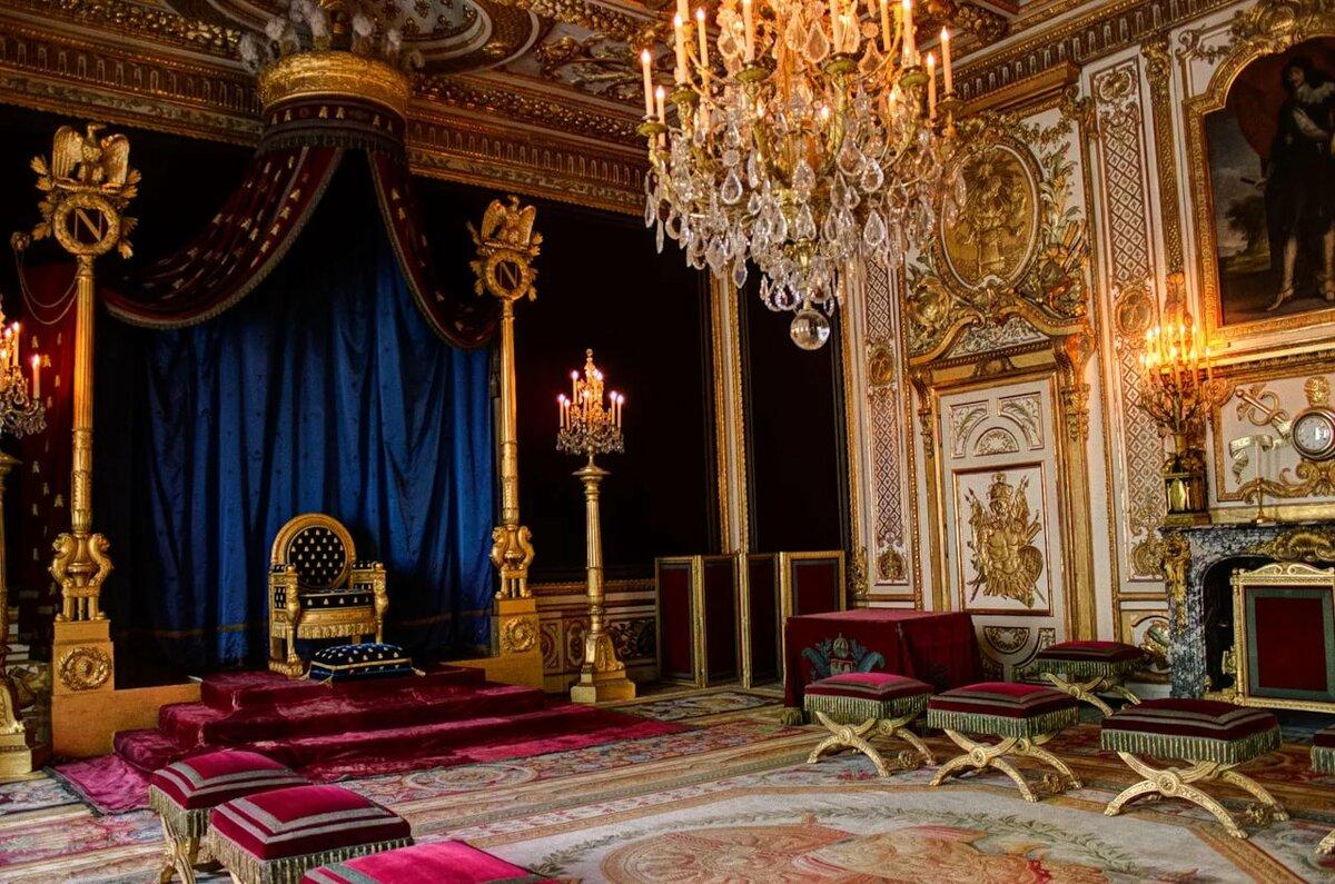 если картинка комнаты королевы карьеру бойца