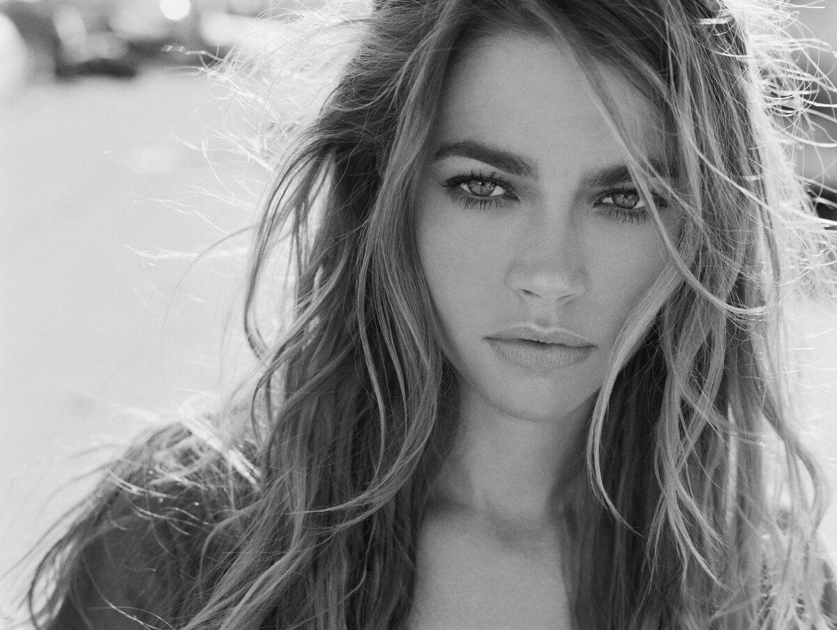Красивые черно белые фотографии девушек