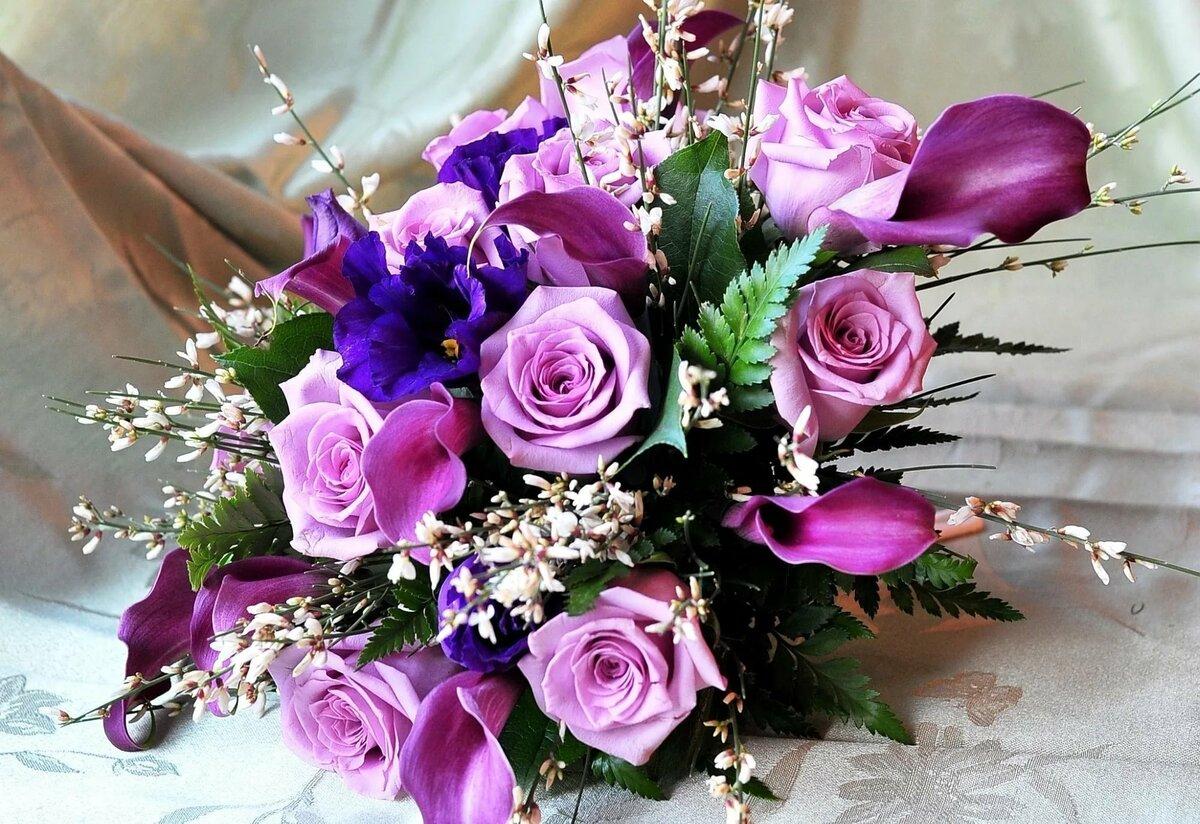 Изящный букет роз фото, каллой фото цветов