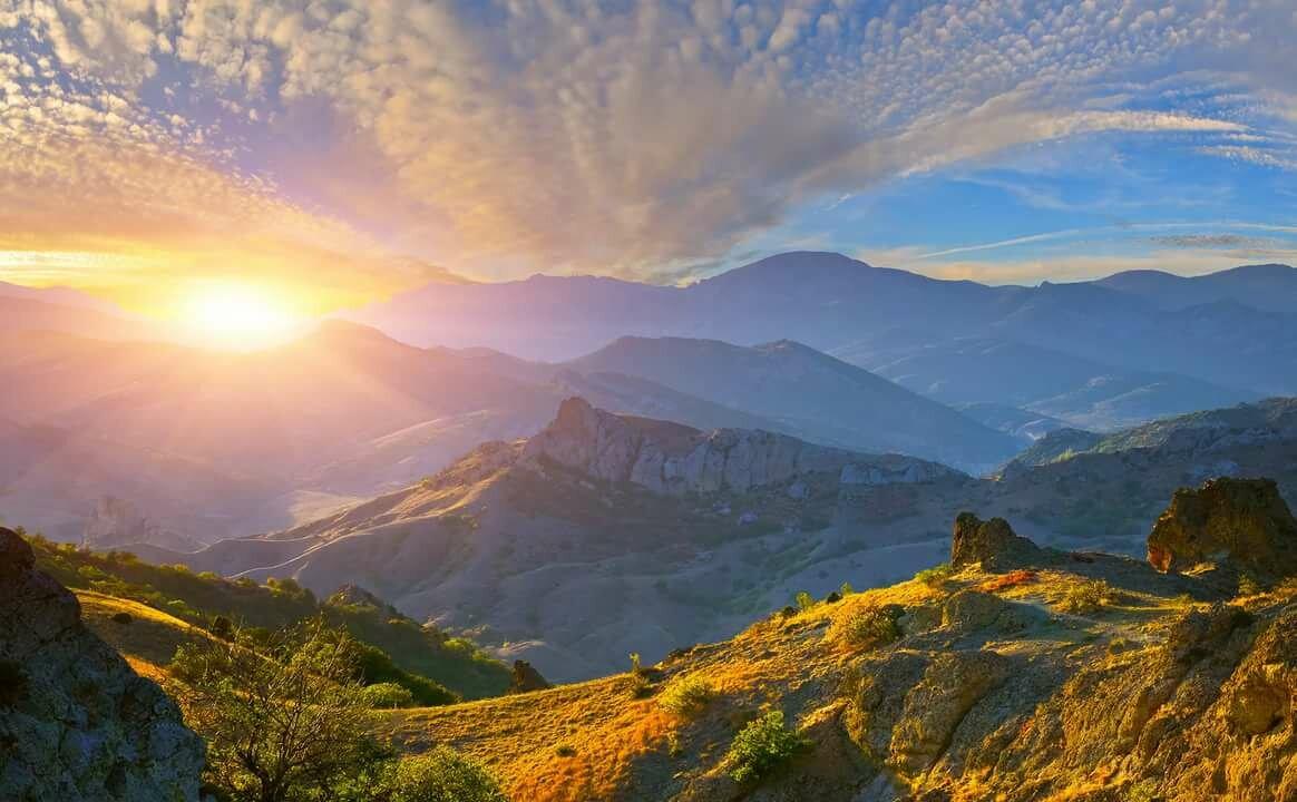 красивые картинки солнца в горах