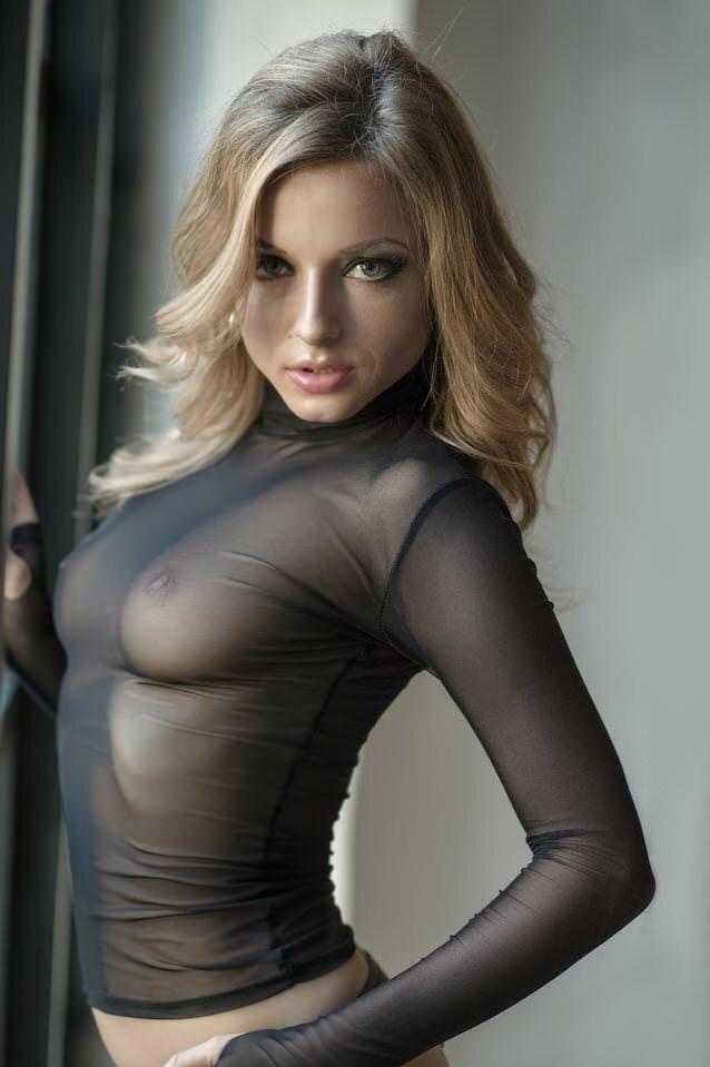 в прозрачной блузке с большой грудью онлайн видео наилучшим
