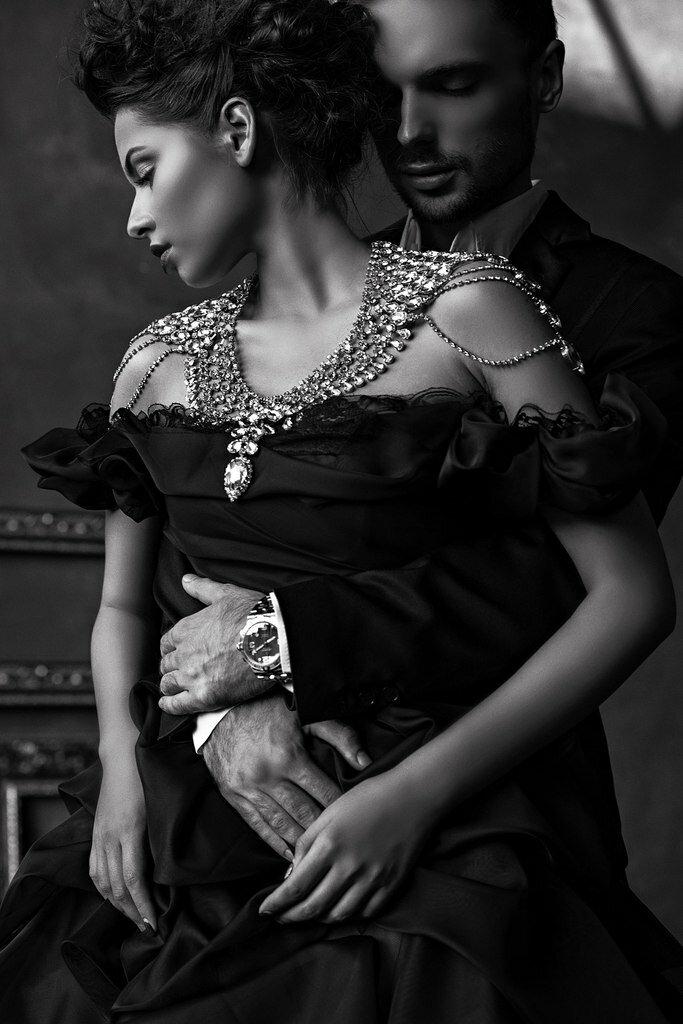 Картинки мужчина и женщина черно белое фото