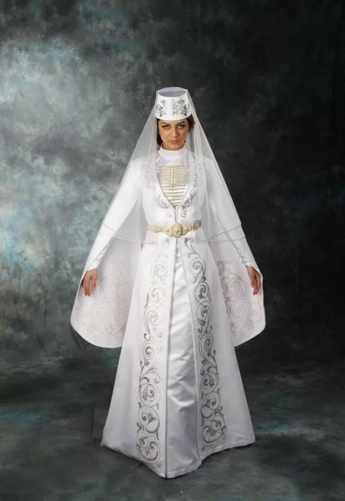Осетинский национальный костюм фото женский