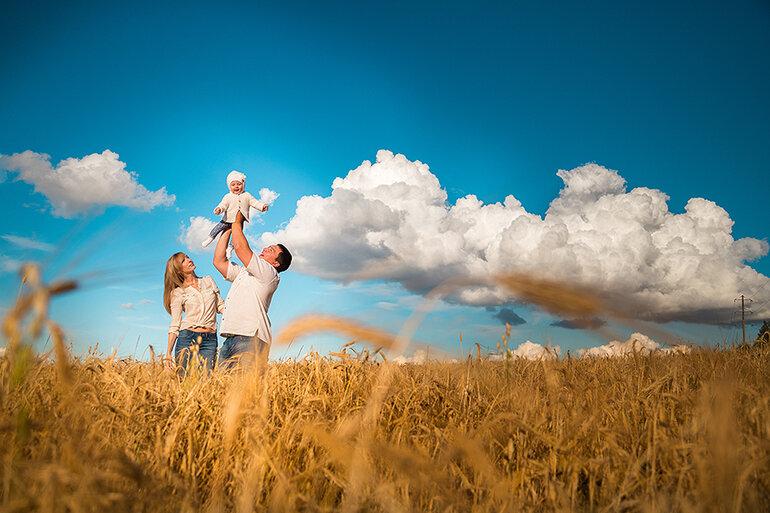 картинки семья под небом можете