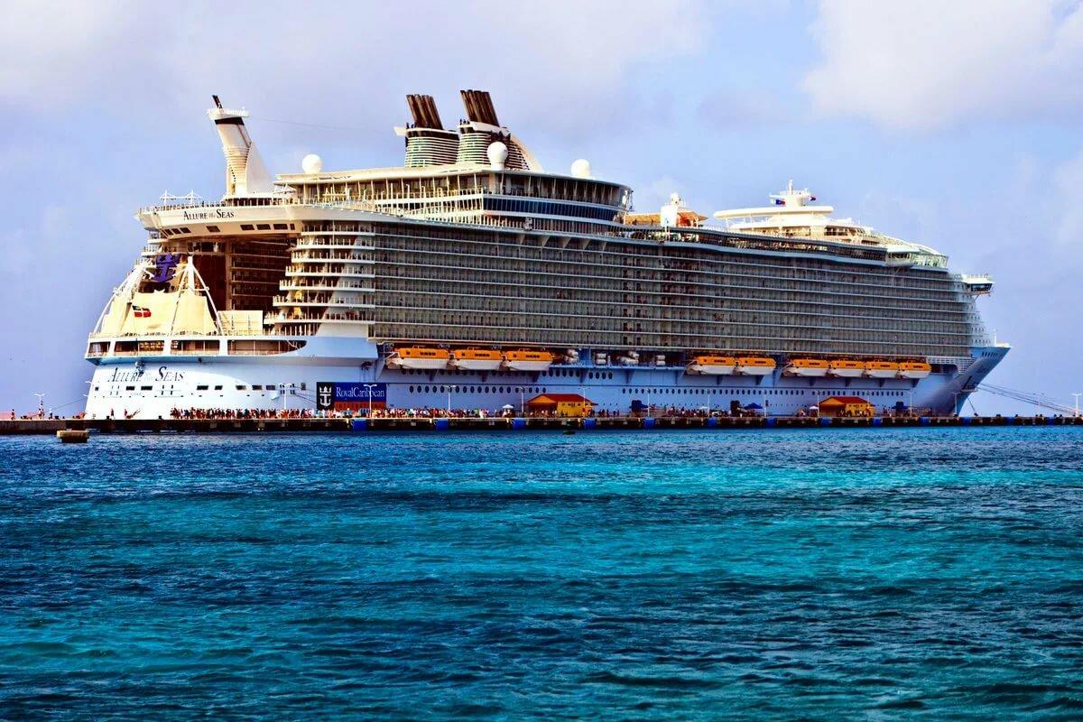 совершили огромные корабли фото видео новорожденным, как