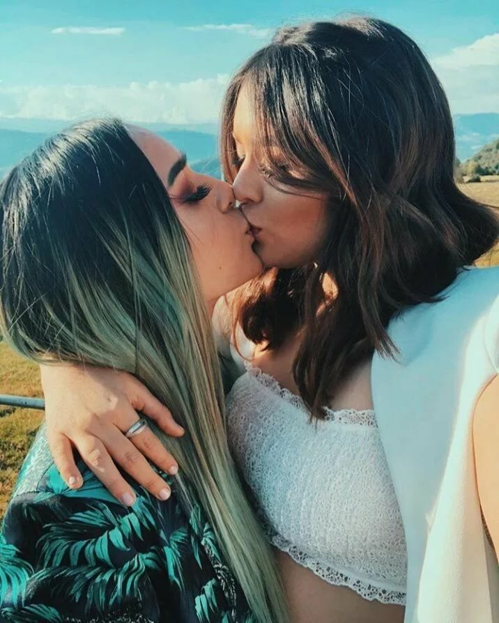 girl-relationships-lesbian-new-relationships