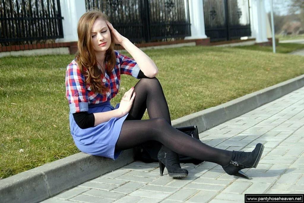 Girls wearing black tights video