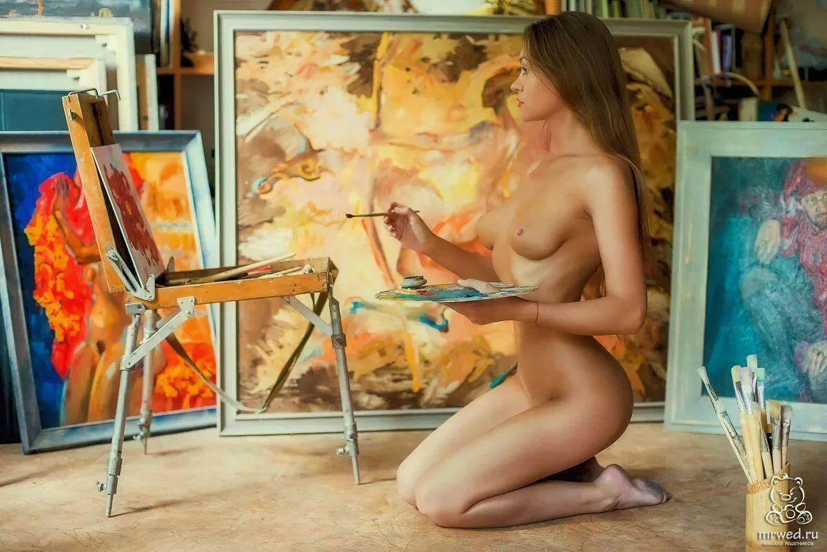 синдроме голые девушки натурщицы роскошный