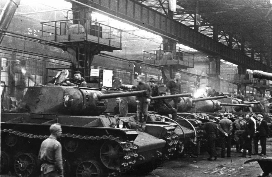Сталинские танки в индексе муки, мяса и масла
