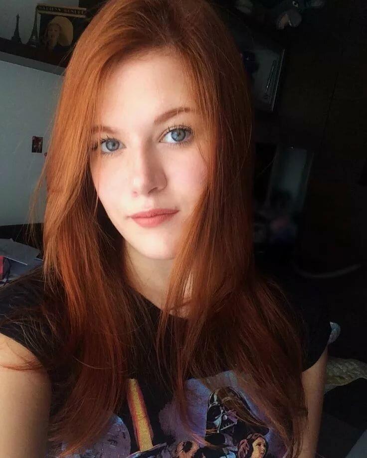 class-redhead-teen
