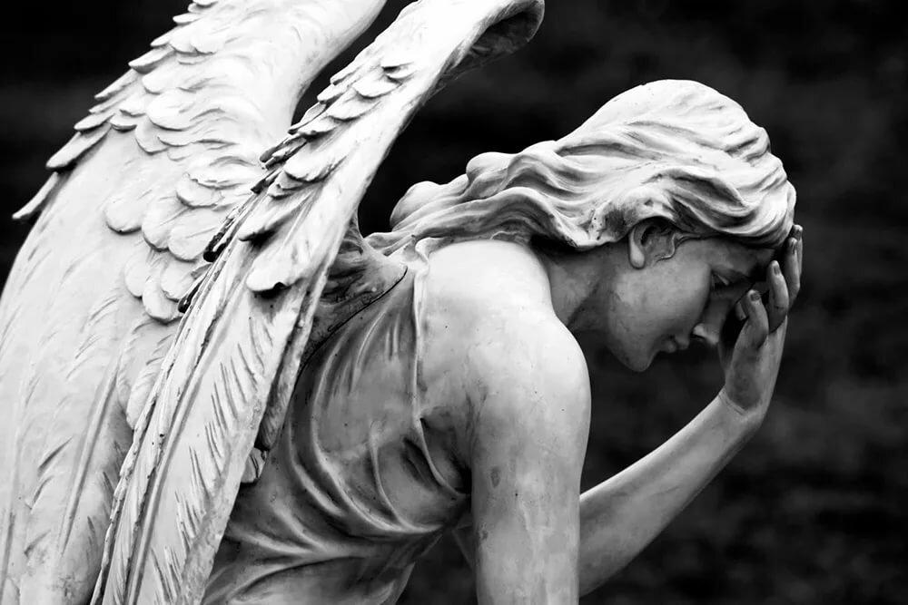 наши предки фото плачущего ангела женщин фото