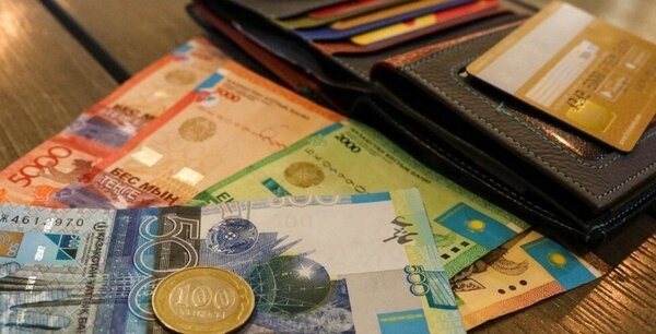 деньги в залог паспорта