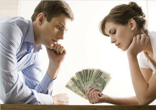 Супруг кредит. Согласие супруги на выдачу кредита  Получить микрозайм... 💱 http://credit-tds.top/zaim      Однако в случае оформления кредита без согласия жены или мужа на собственные нужды и, то и отвечать по их выплате они должны самостоятельно. Откуда она может знать, что муж взял кредит и купил автомобиль любовнице. Мужья бывают разные: одни всё - в дом, а другие… И последнее вынесут, и еще кредитов наберут - жене потом век не расплатиться. Главная » Статьи » Финансы » Кредиты » Раздел кредита при разводе супругов. Необходимо ли согласие супруга на кредит Обязана ли супруга платить мой кредит Несет ли жена ответственность за кредит мужа? Супруг взял кредит без согласия жены Какую ответственность несет супруга по кредиту мужа