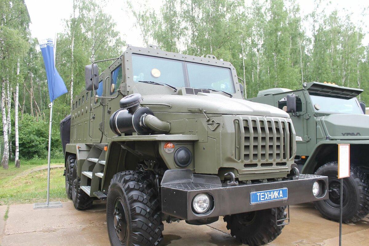 покажи нам машины военные пожалуйста приводит