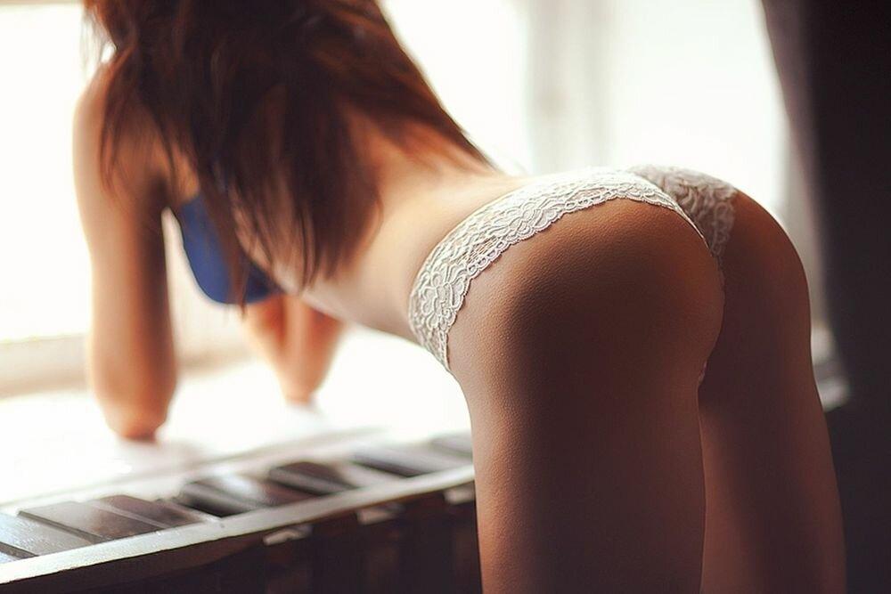 Откровенные картинки первого секса идет частной
