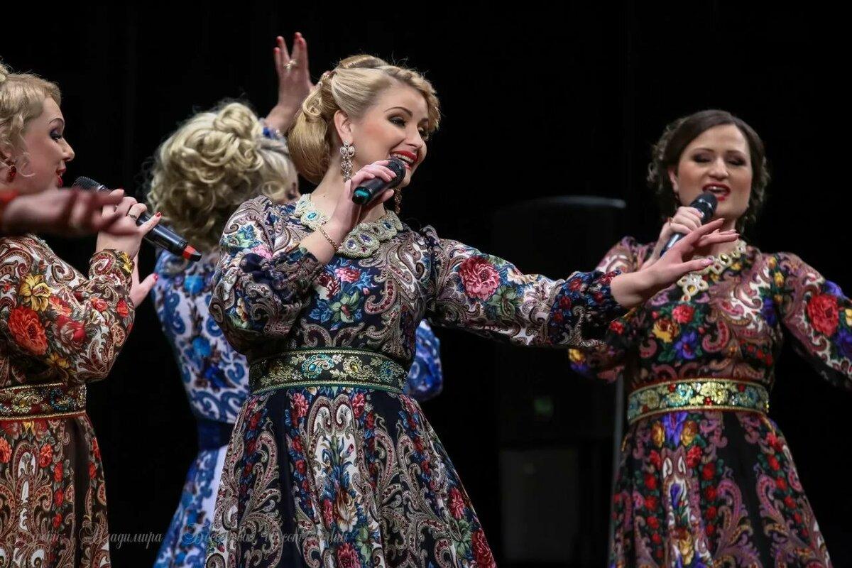 концертные женские костюмы фото захлестнула планету, сей