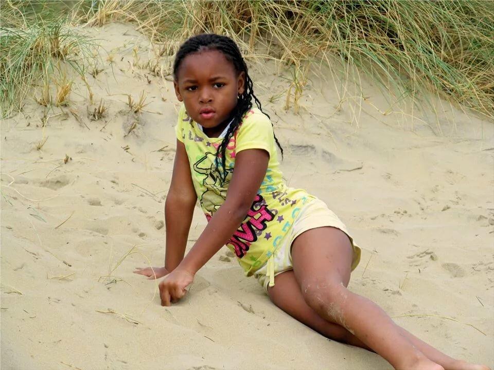 Little nudist black girl