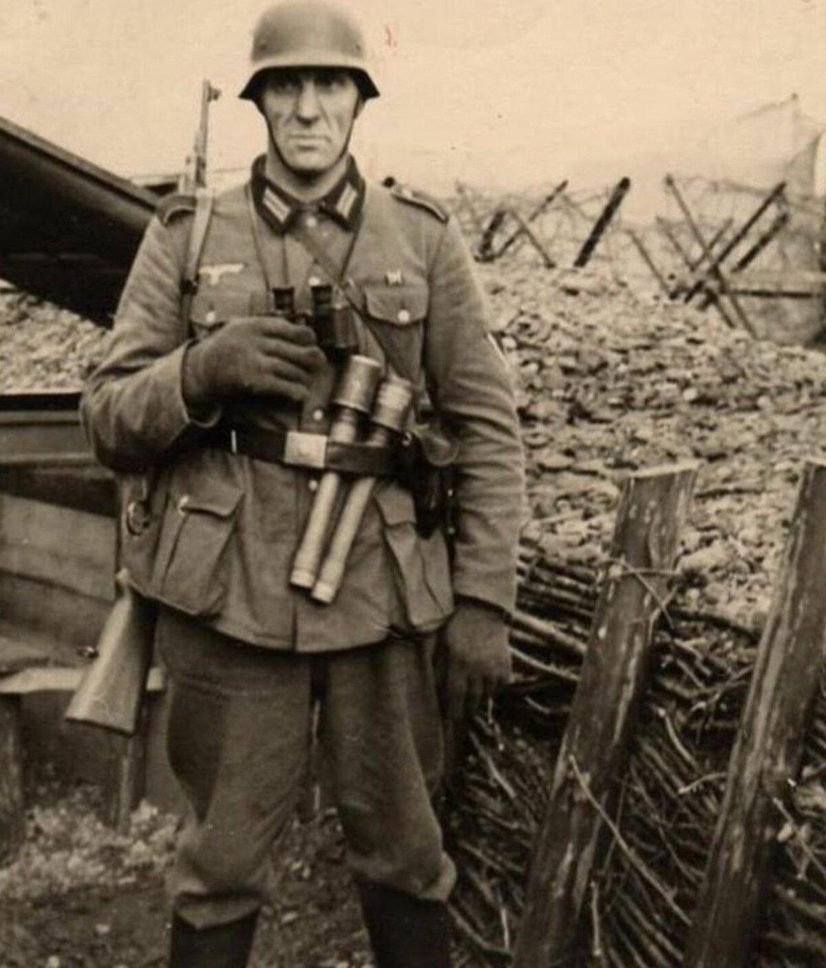 планируете военное фото немцев поднял вверх