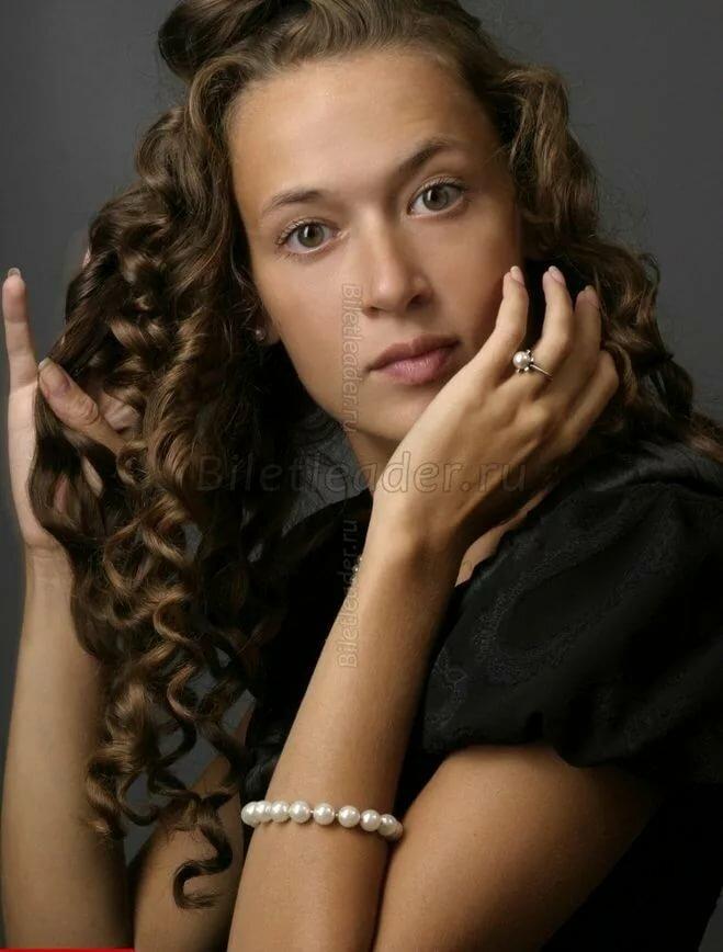 деле голосовании мария добржинская актриса биография фото маникюр стразами