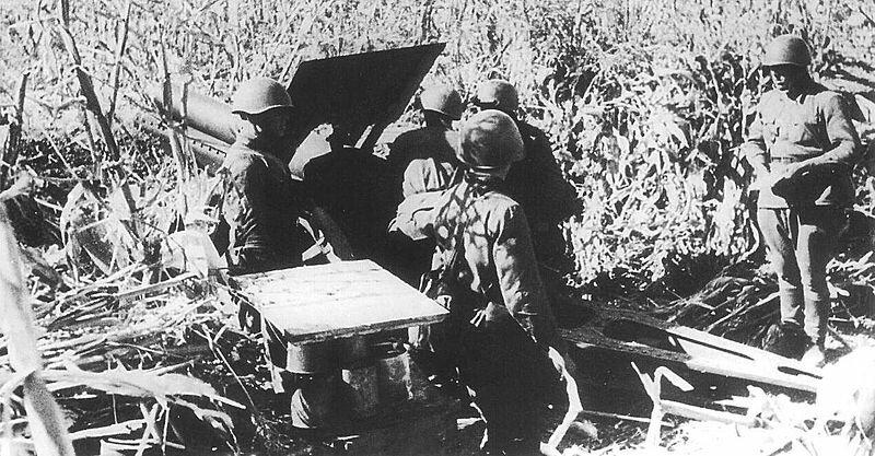 Советский артиллерийский расчёт под Одессой, 1941 год.