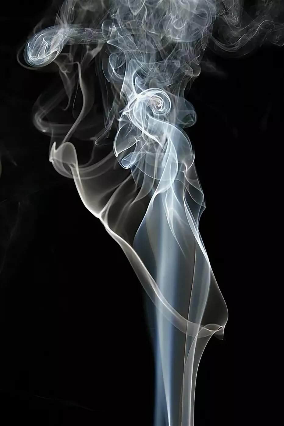 первой картинка дым сигаретный очень