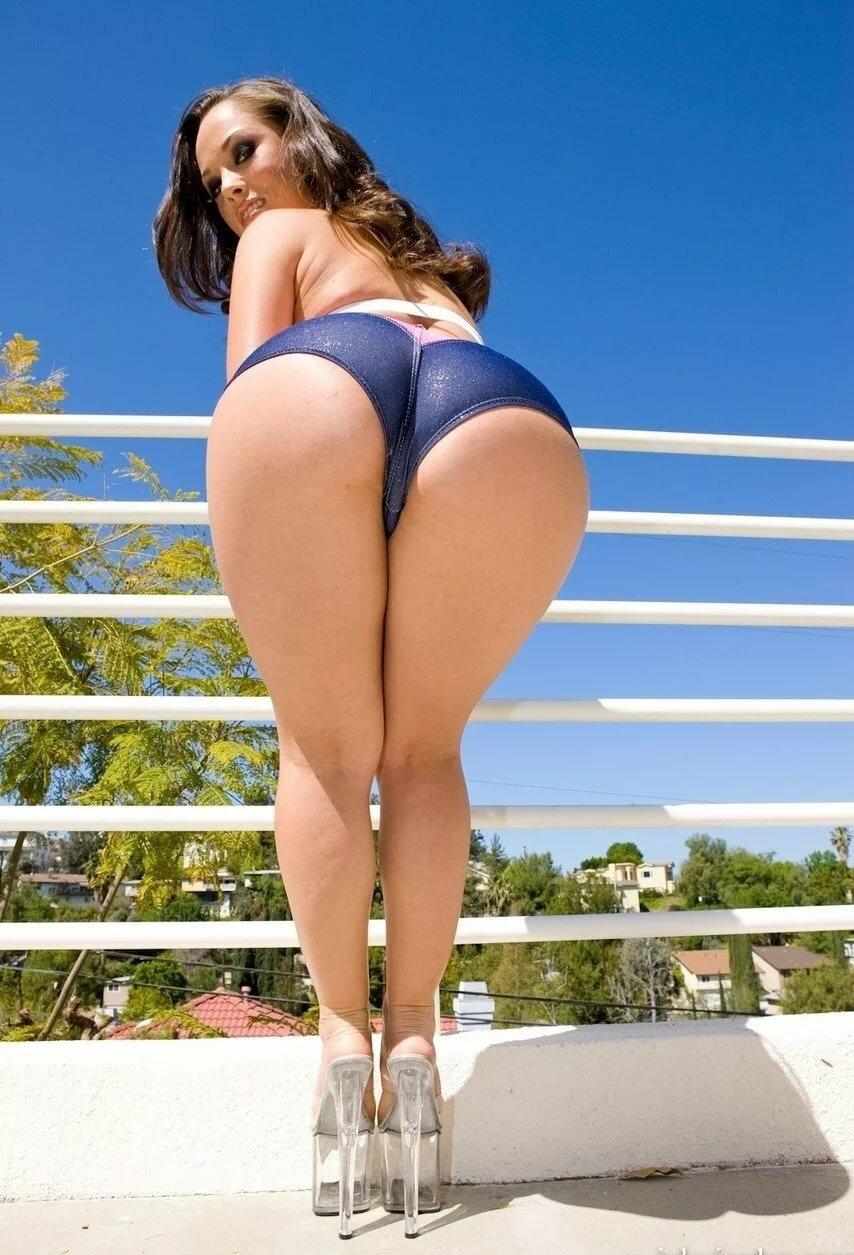 big-big-ass-booty-jessica-biel-young-nude