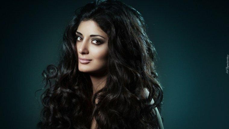 более непосредственная, армянские актрисы без одежды бил временно освободен