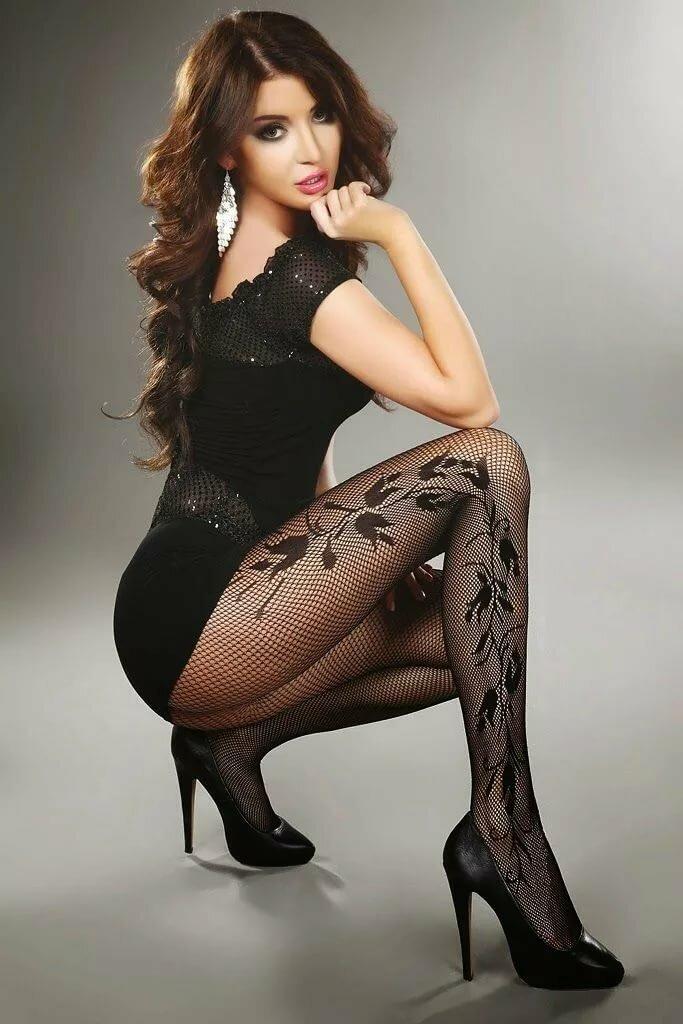 фото самых красивых девушек в сетчатых колготках людмилы оршанской