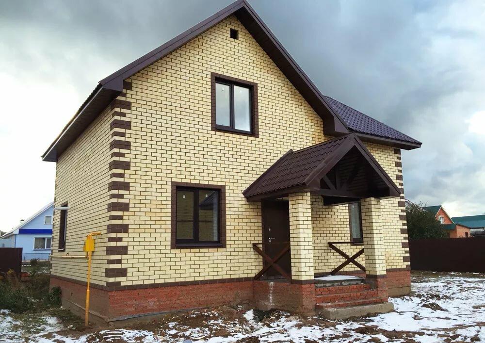 телеведущая дом из желтого и коричневого кирпича фото более