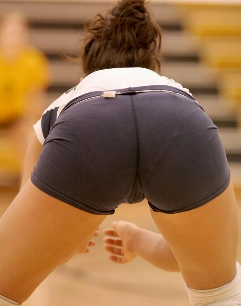 Sweaty spandex volleyball match pics