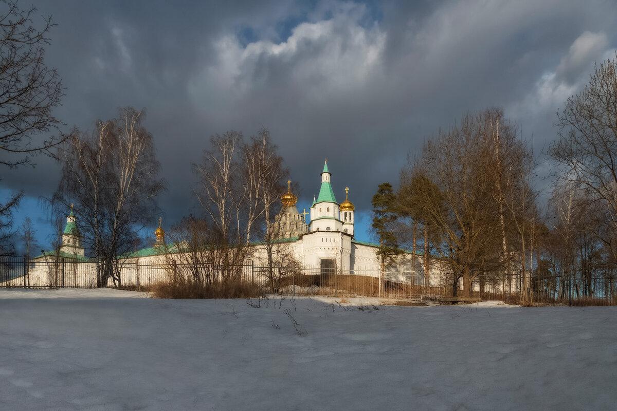 Новоиерусалимский монастырь, весна