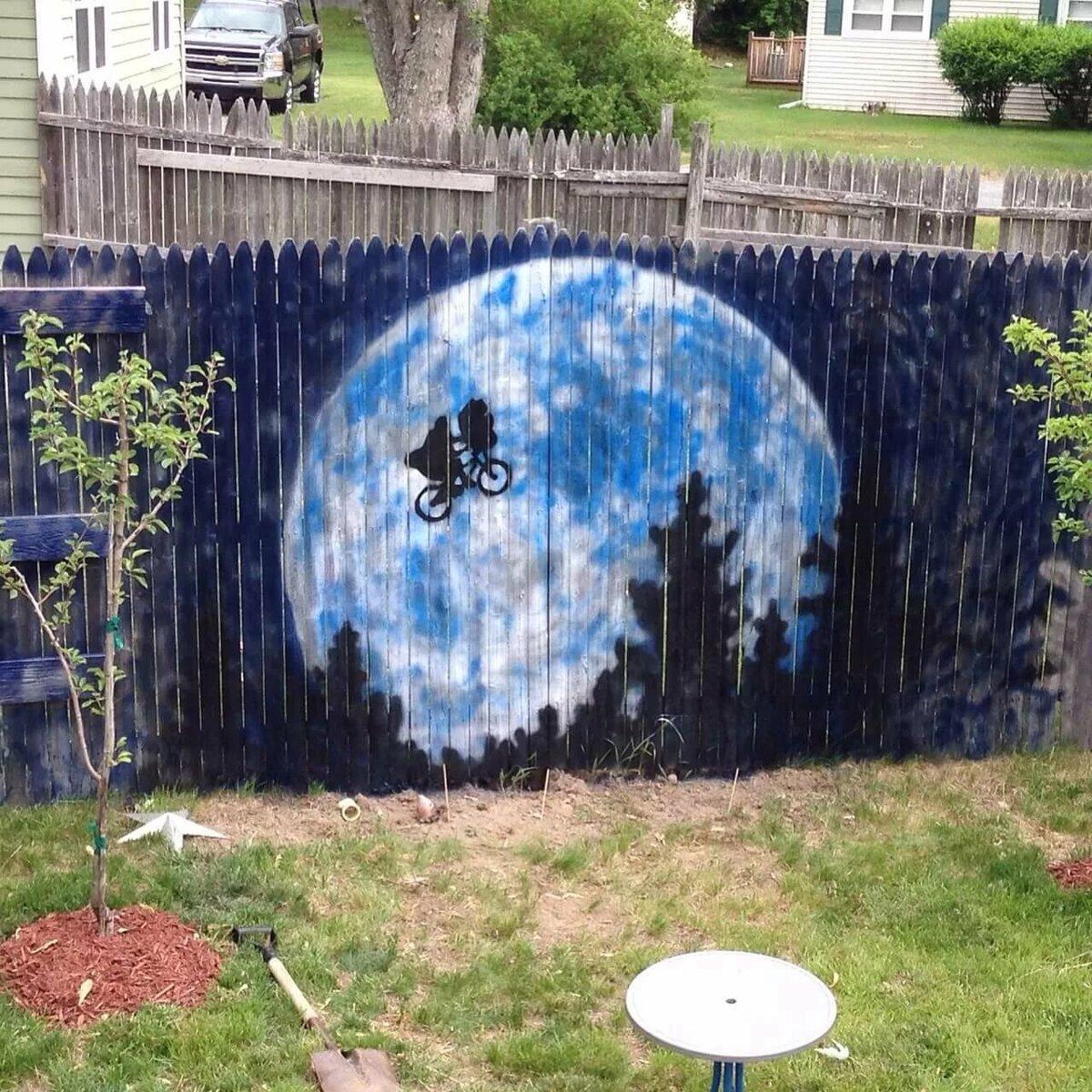 рисунки на заборе на даче своими руками фото простые
