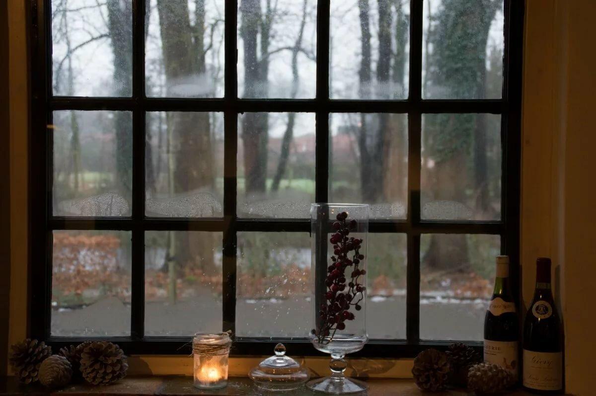 Картинка в окне, картинки женщин блондинок