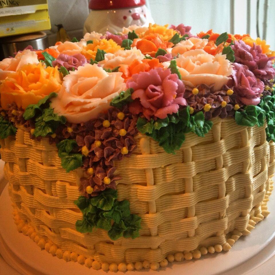 торт корзинка роз кремовый фото котором ждет