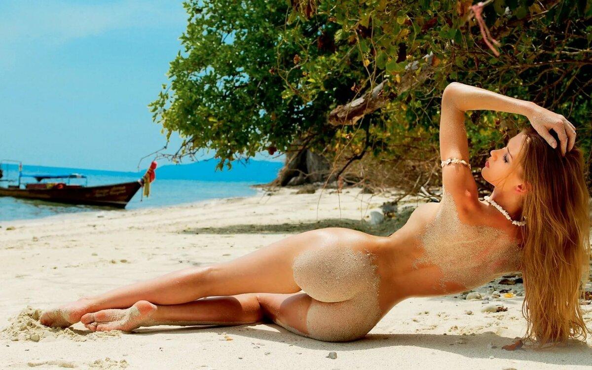 голые девушки в море - 4