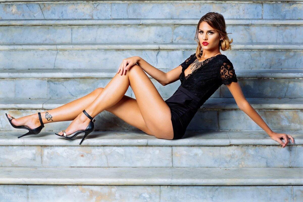 сайт по продаже фотографий ног такое оформление можно