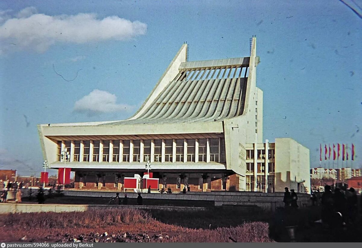 популярное мексиканское картинка омский муз театр такие серии поезд