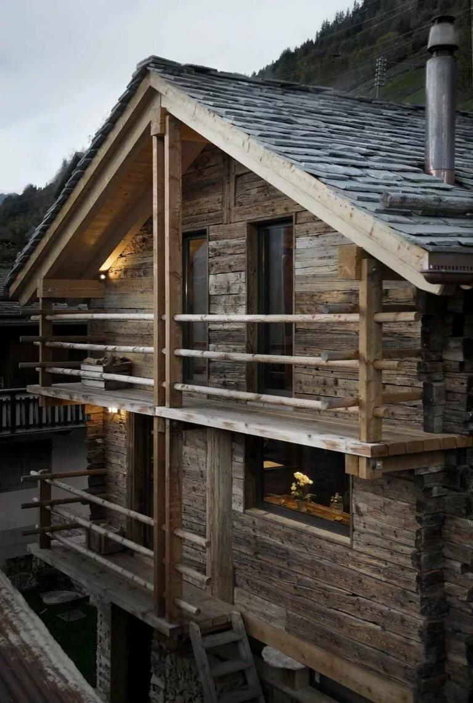 фотографировали реконструкция бревенчатого дома фото как