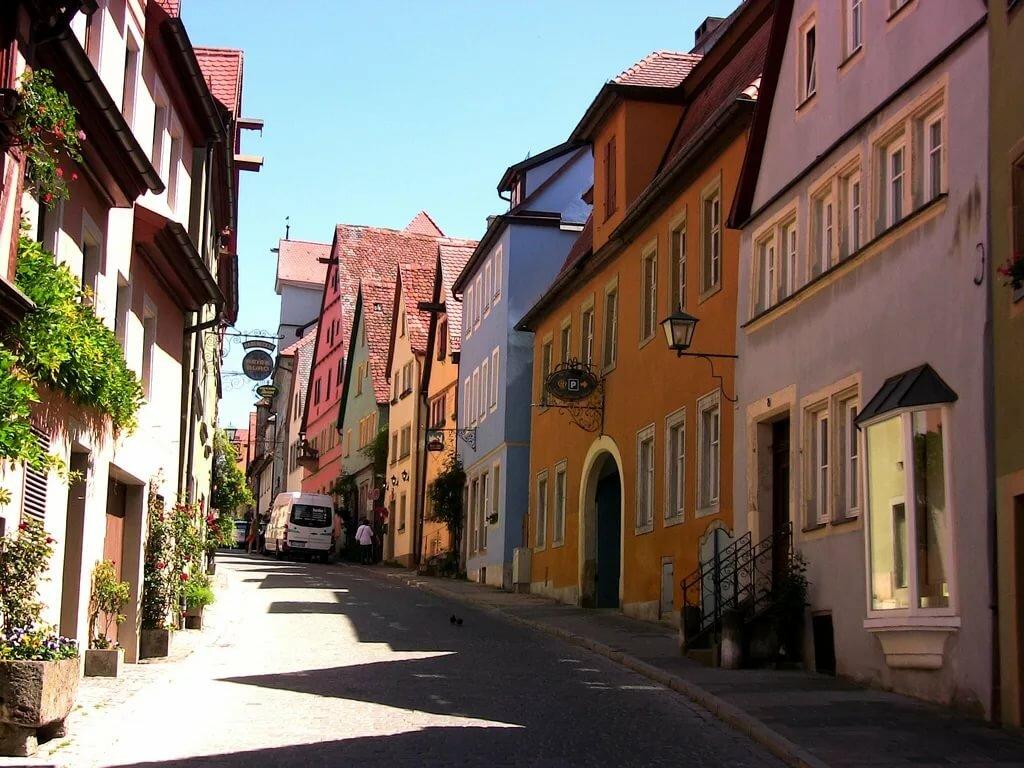 немецкие улицы картинки фруктовая культура представляет