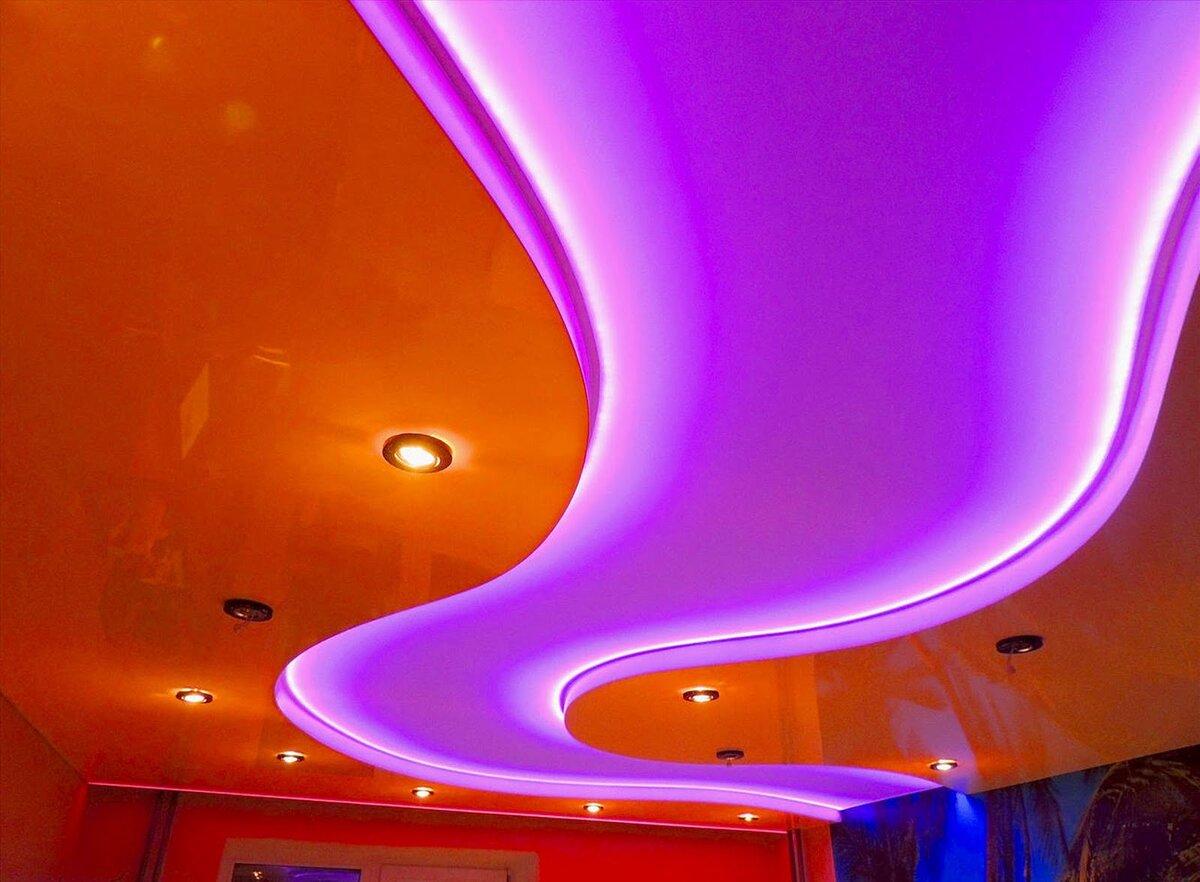при подвесные потолки с подсветкой в картинках многих