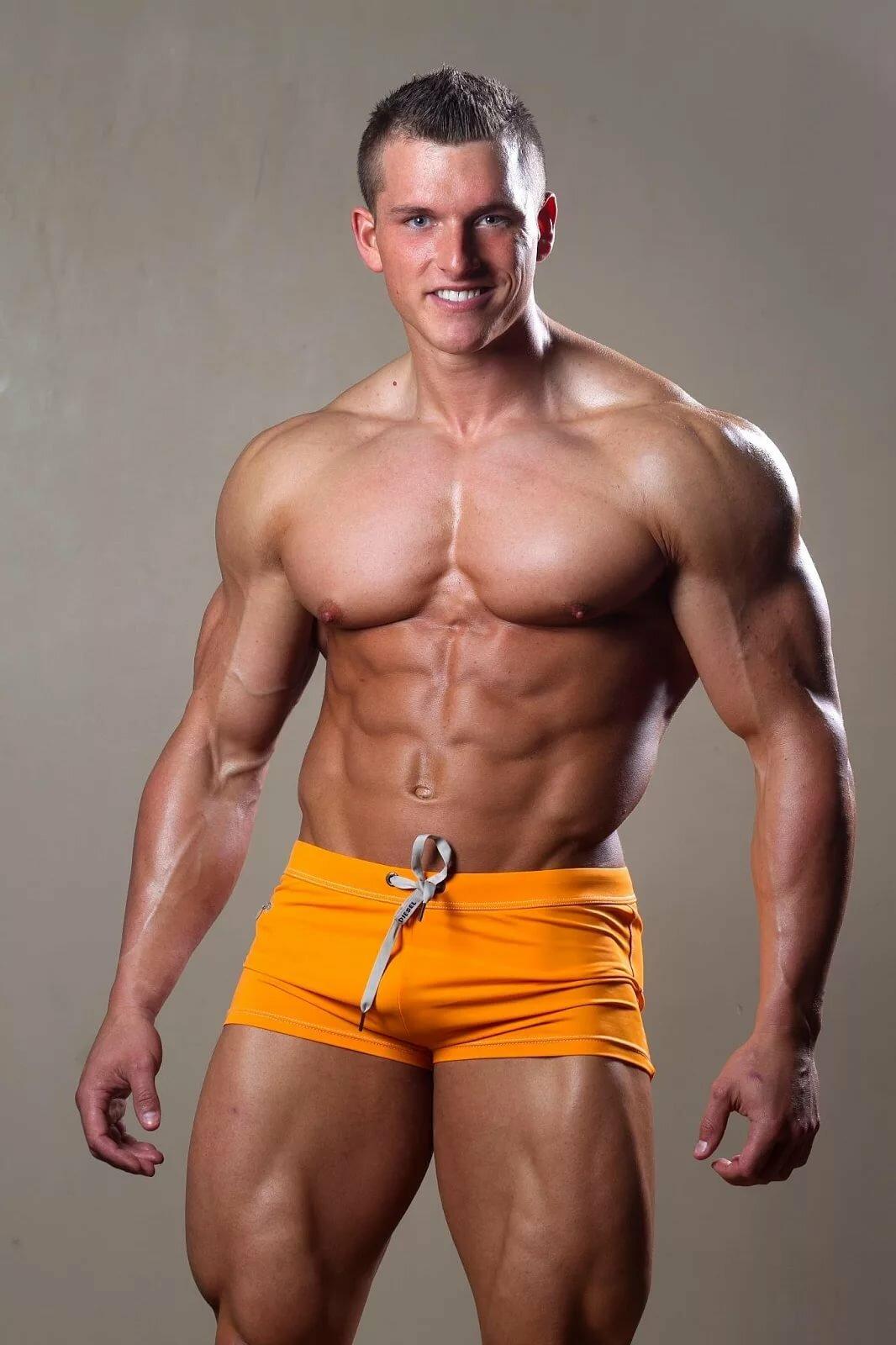 Alexi texis bisexual body builders