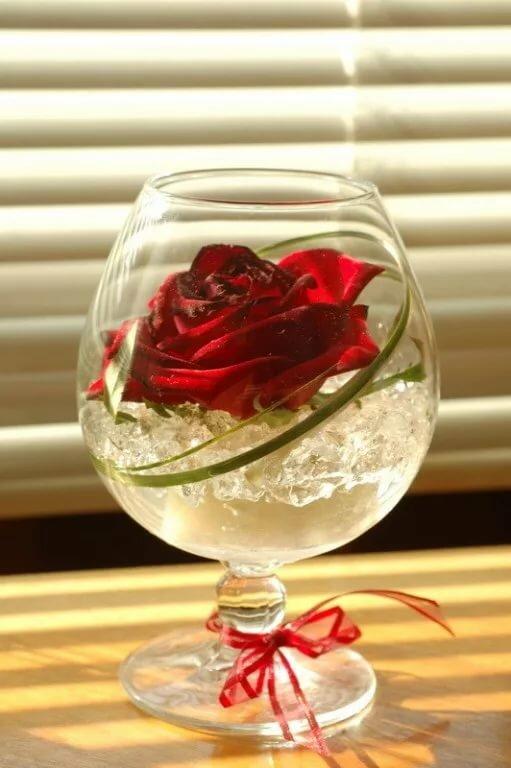 красивые картинки бокал с розой скажу
