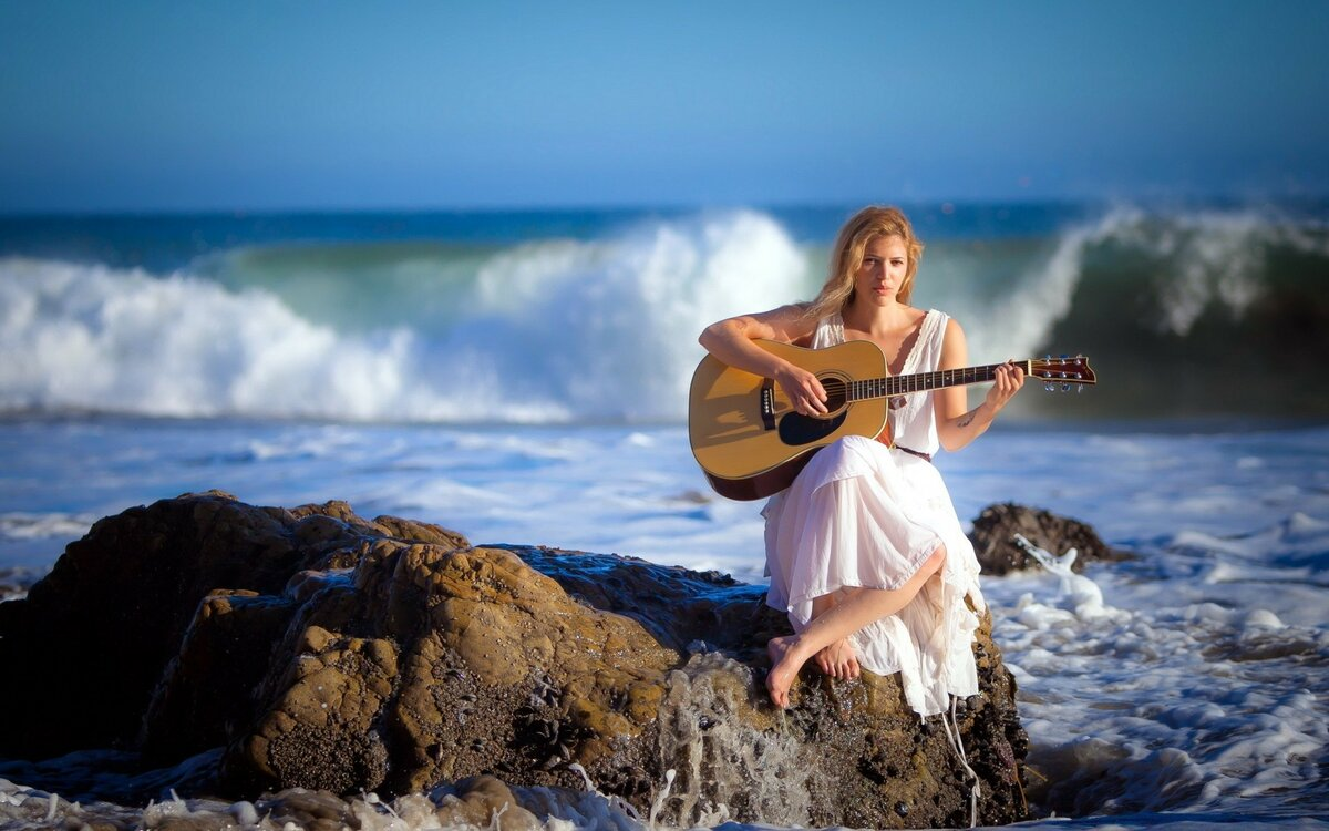 Поет очень красивую девушку — img 9