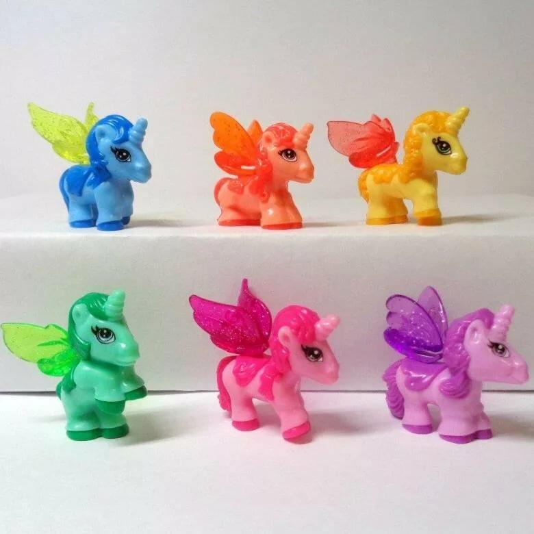 картинки киндеров сюрпризов пони идти