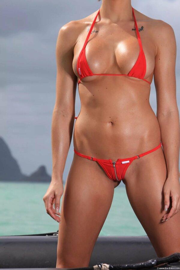 Many boat string bikini girls ride
