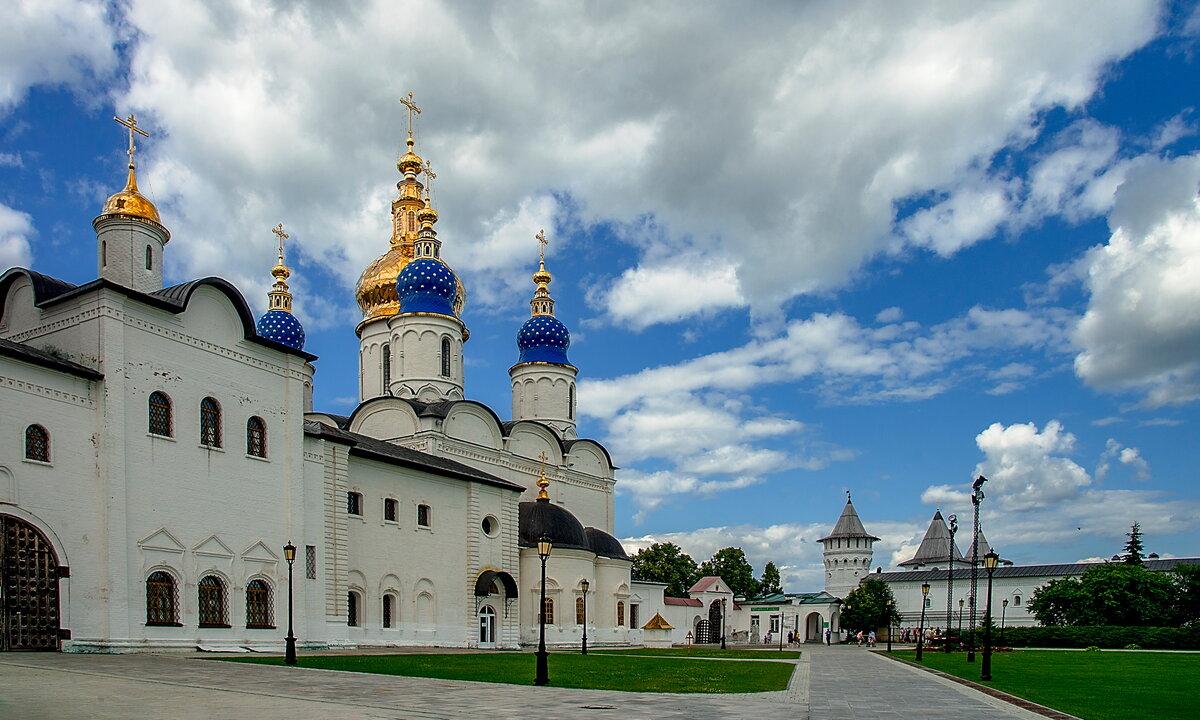 Софийско-Успенский кафедральный собор.