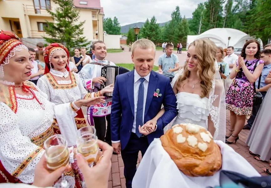 Свадебные поздравления каравай